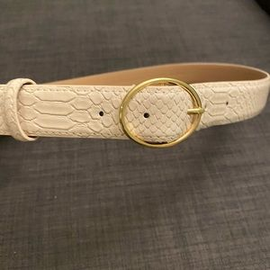 Loft white faux snakeskin belt